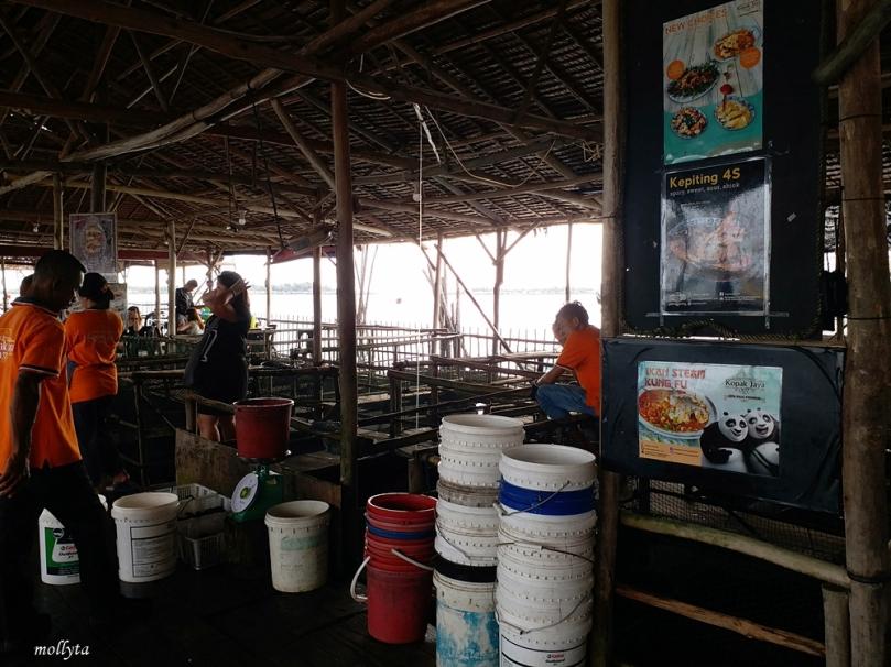 Suasana restoran Kopak Jaya 007