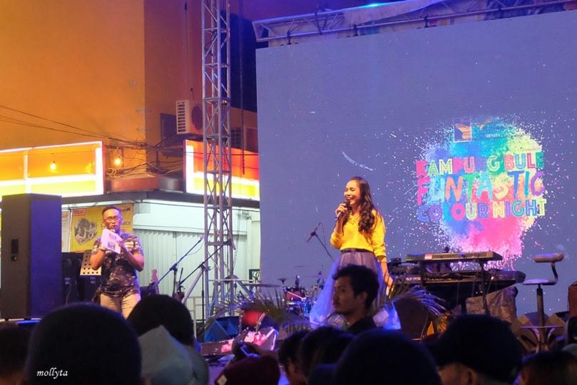 Kampung Bule Funtastic Colour Night1
