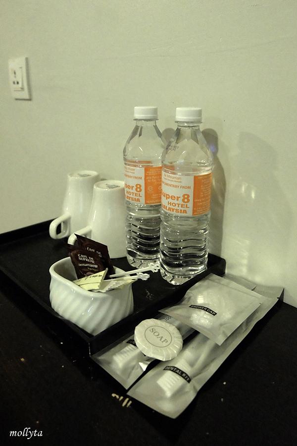 Complimentary kamar Superior Super 8 Hotel Penang