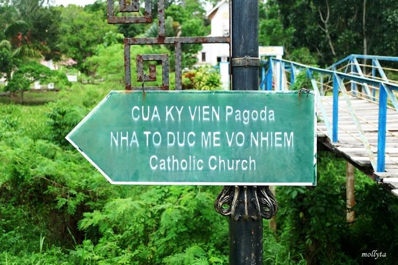 Gereja Katolik di pulau Galang
