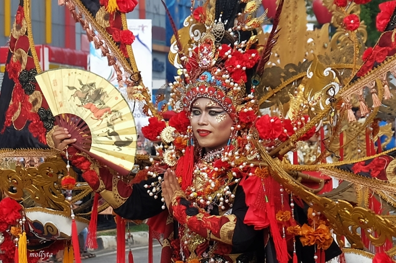 Parade kostum Batam International Culture Carnival 2018