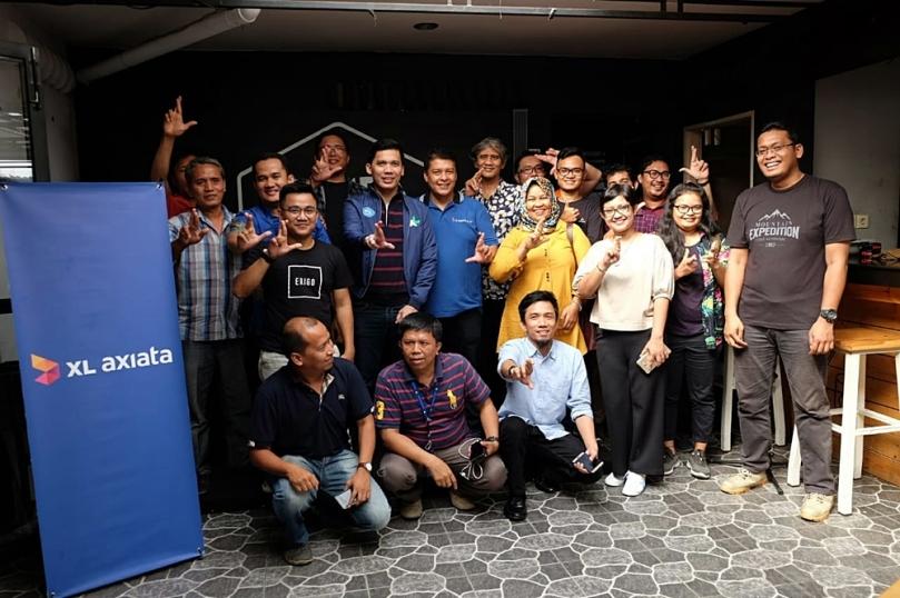 XL Axiata di Kafe Jumpa Kawan Medan