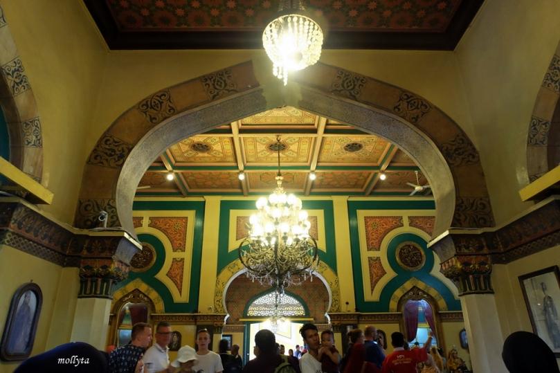 Sisi dalam Istana Maimun Medan