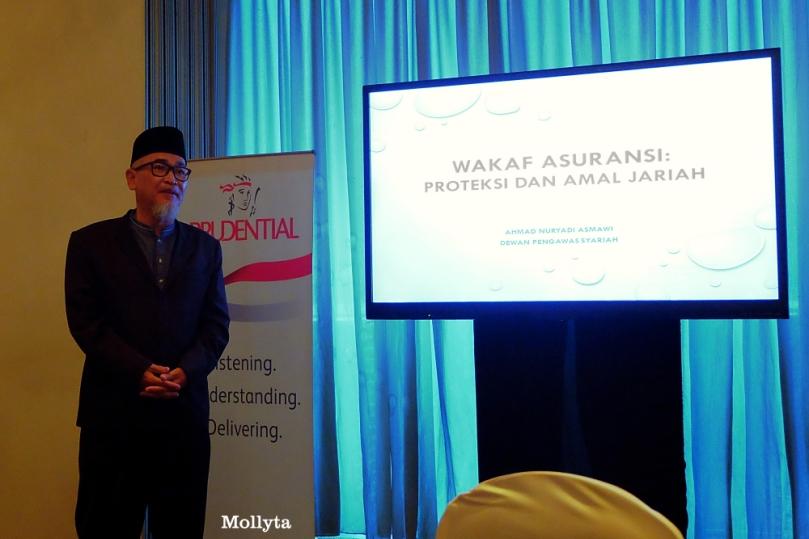 Anggota Dewan Pengawas Syariah Prudential Indonesia