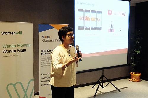Mollyta Mochtar menjadi fasilitator Google Gapura Digital Medan