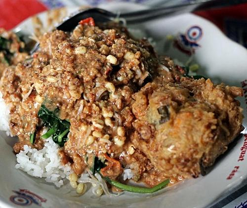 Nasi pecel Bu Ramlan @foodgram_yk