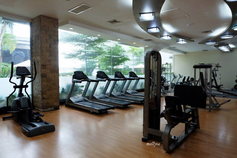 Fitness center di Radisson Medan