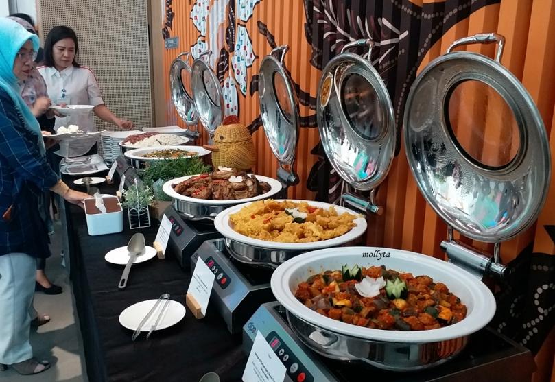 Makan siang di kantor Google Indonesia