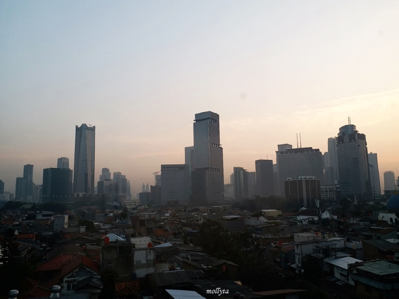 Pemandangan pagi hari di Jakarta