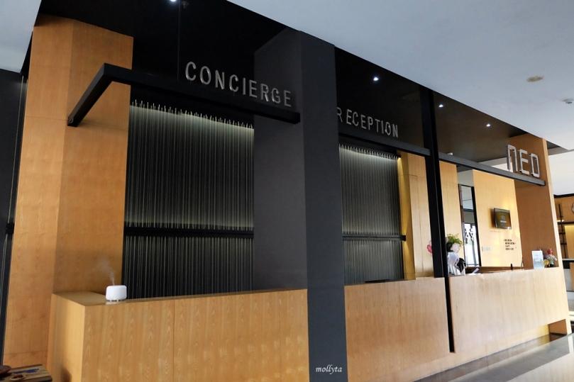 Resepsionis Hotel Neo Tendean Jakarta