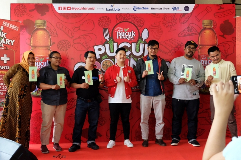 Peserta simulasi Spicy King Noodle Contest