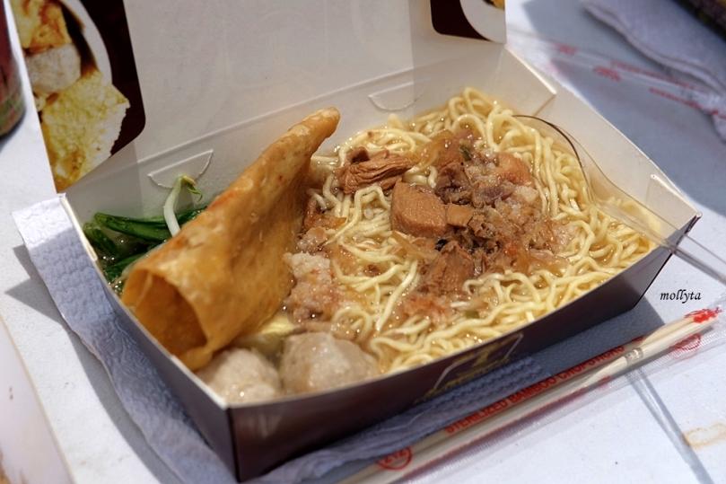 Mie ayam bakso di Pucuk Coolinary Festival Medan