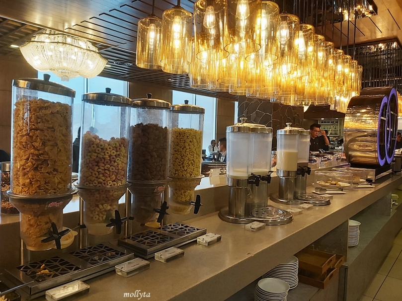 Pilihan menu buffet di Wembley Cafe Penang