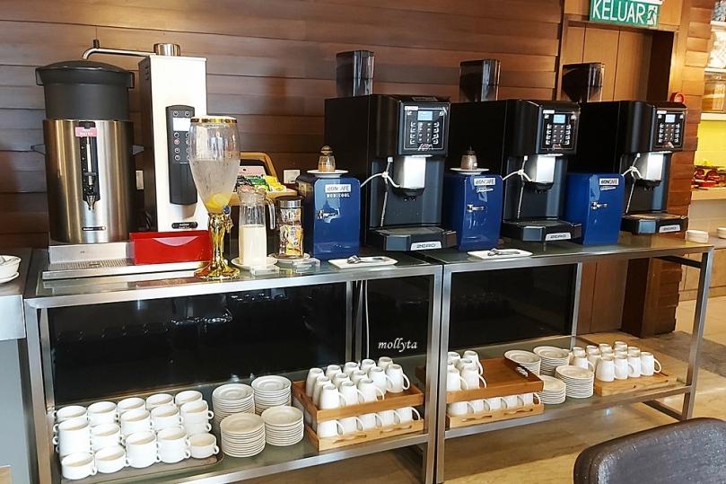 Kopi dan teh di Wembley Cafe Penang