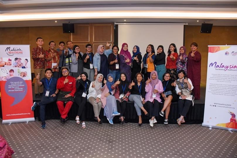 Foto bersama acara Malaysia Healthcare di Penang