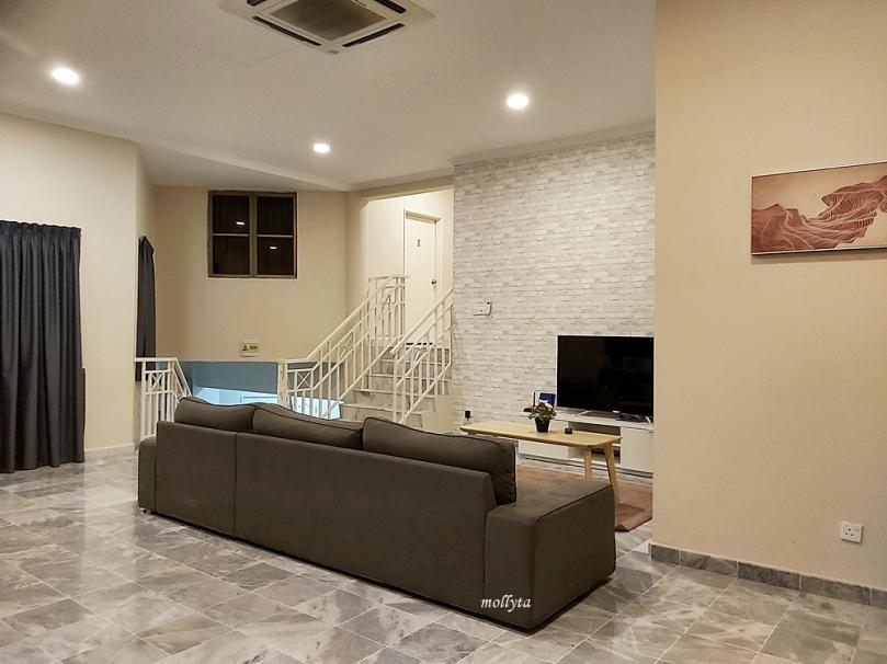 Ruangan di Palmville Resort Condominium