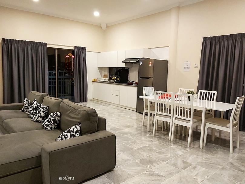 Dapur di Palmville Resort Condominium