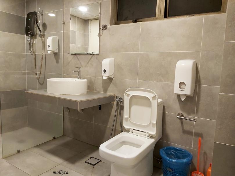 Kamar mandi Palmville Resort Condominium