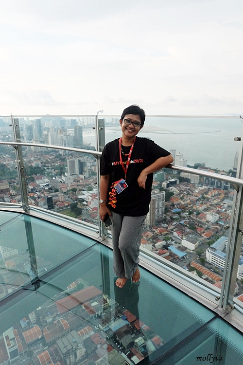 Rainbow Skywalk The Top Komtar