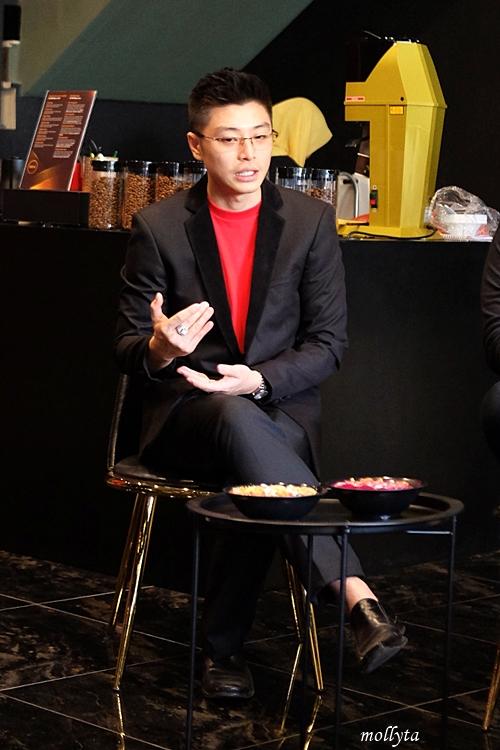 Yansen Anggusti di Black Gold Medan