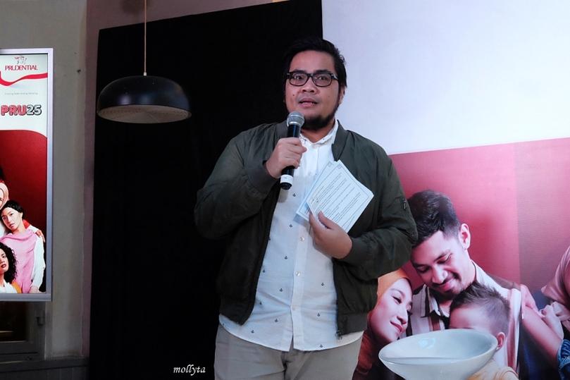 Moderator saat peluncuran PRUCinta di Medan