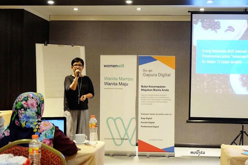 Mollyta Mochtar fasilitator Womenwill di Medan